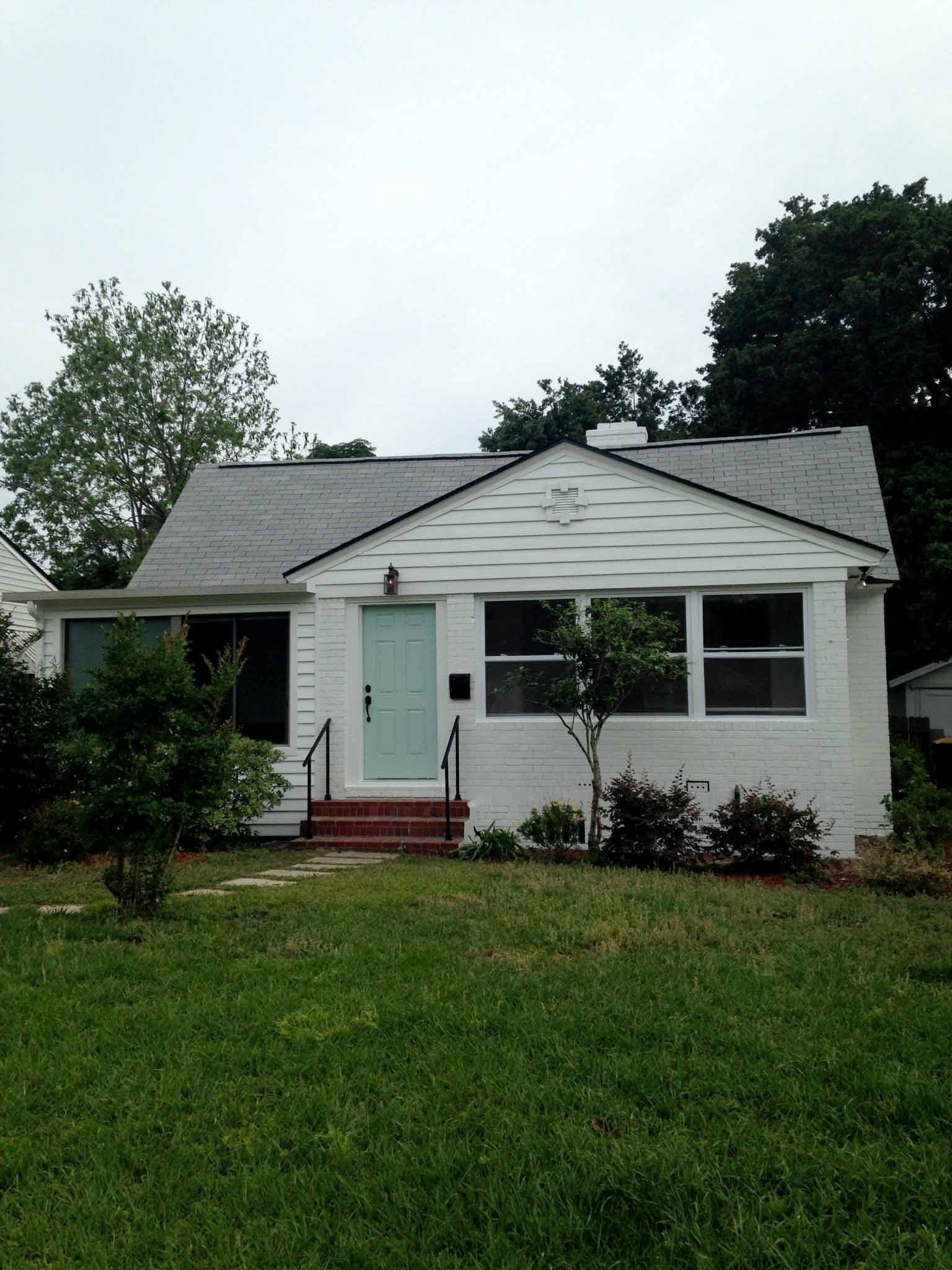 Exterior Paint Sherwin Williams Pure White - That Homebird Life