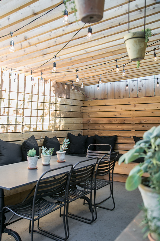 Backyard patio inspiration - That Homebird Life Blog