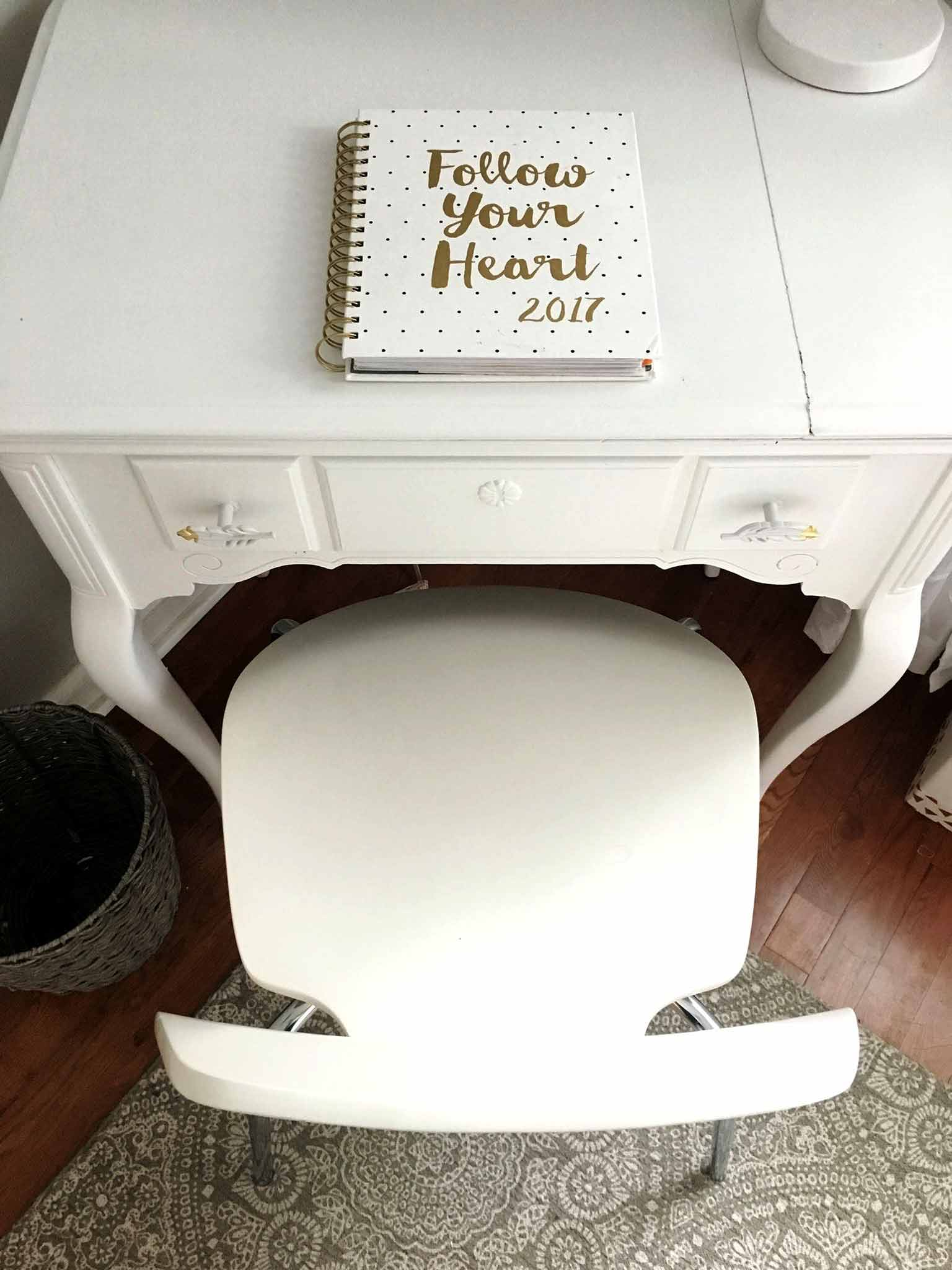 Sewing table painted white - modern boho tween bedroom - That Homebird Life Blog