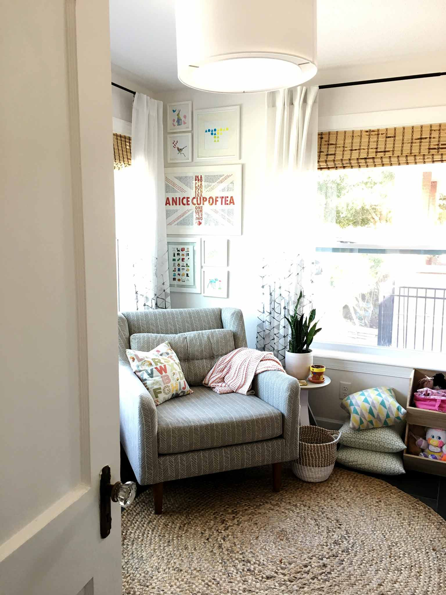 Kids reading nook - playroom house tour - That Homebird Life Blog
