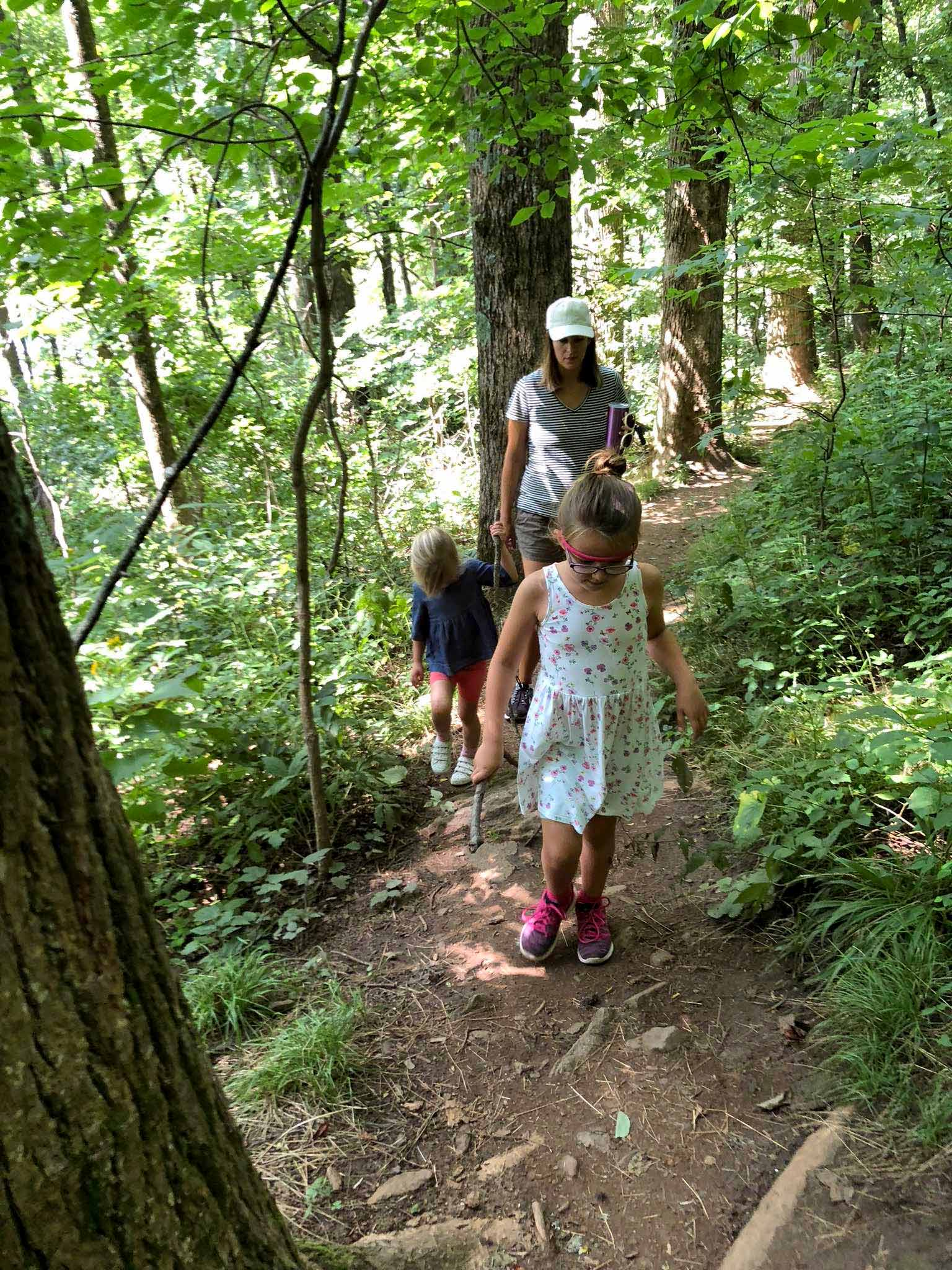 Family hike in the Smokey Mountains, NC - That Homebird Life Blog
