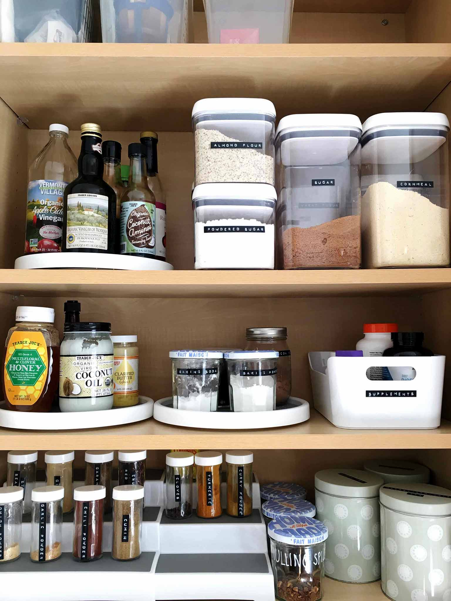 Using a label maker to organize your pantry - That Homebird Life Blog