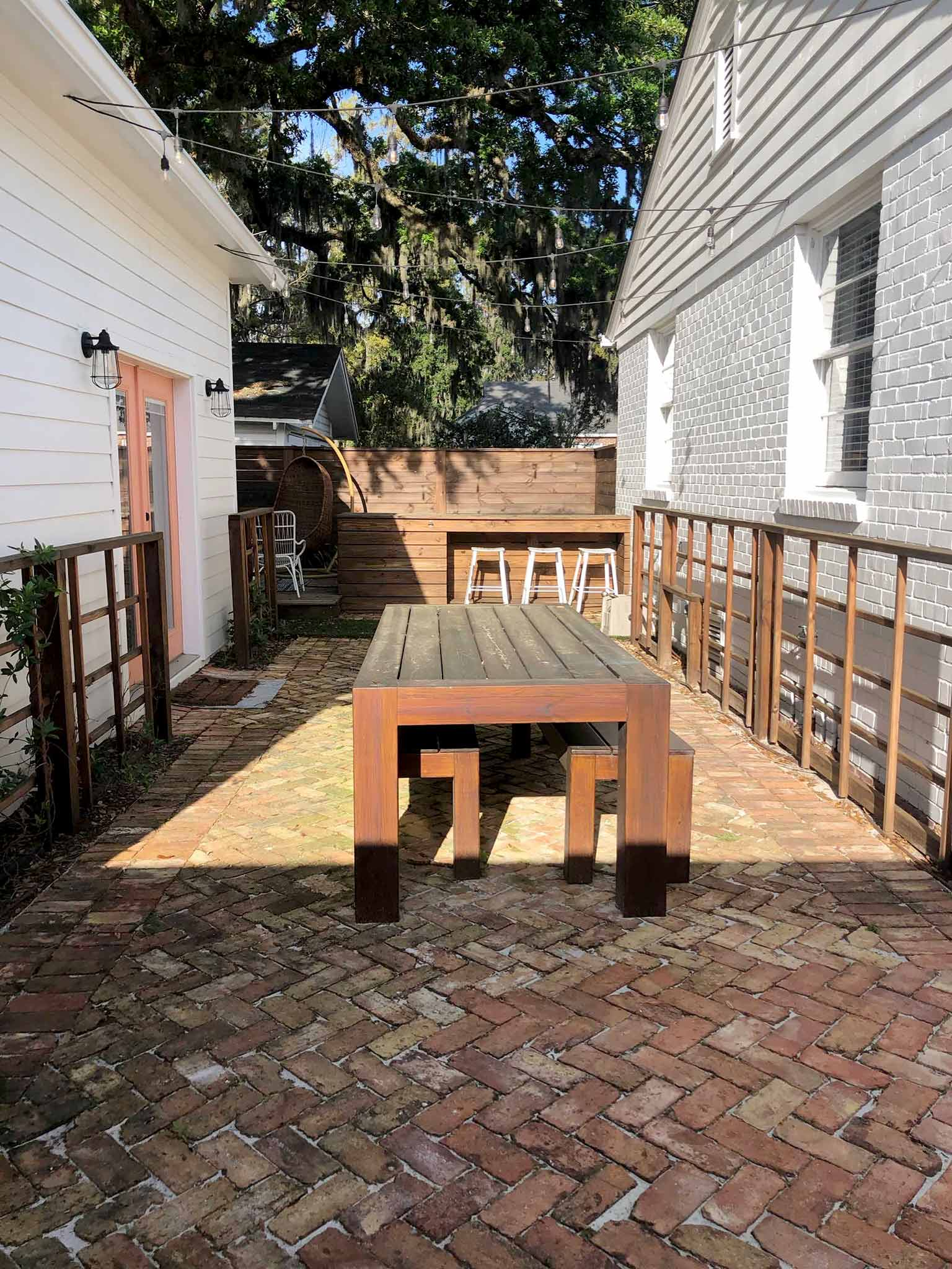 dining patio before refresh